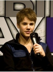 Justin Bieber's Hairstyle Short Straight Brown Hand Knotted Full Lace Wigs About 6 Inches