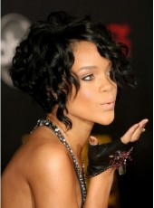 Top Sale Glamour Rihanna Hairstyle Short Curly Natural Black Popular Hand Tied Lace Front Wig About 8 Inches