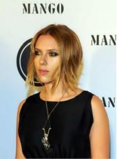 Scarlett Johansson Short Mix Color Straight Midsplit Hairstyle Monofilament Top Wigs