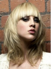 New Arrival Unique Sexy Medium Full Bangs Golden Wavy Bouncy Hairstyle Capless Human Hair Wig