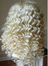 22'' White Charming Wavy 100% Human Hair Top Quality Silky Weave